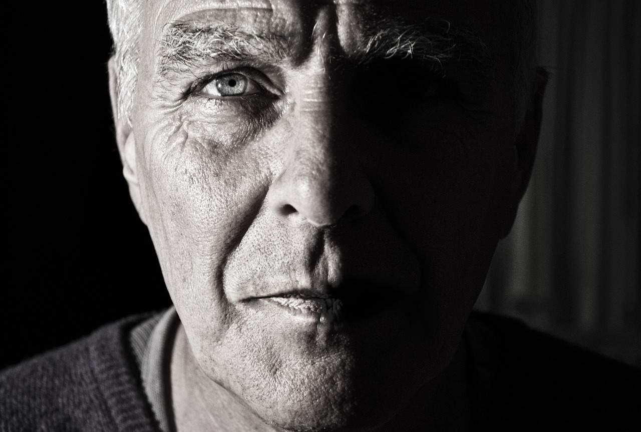 איש מבוגר