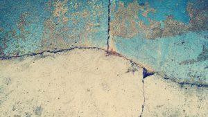 שברים ברצפה