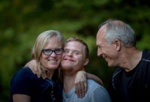 זוג הורים לילד עם תסמונת דאון - תמונה להמחשה